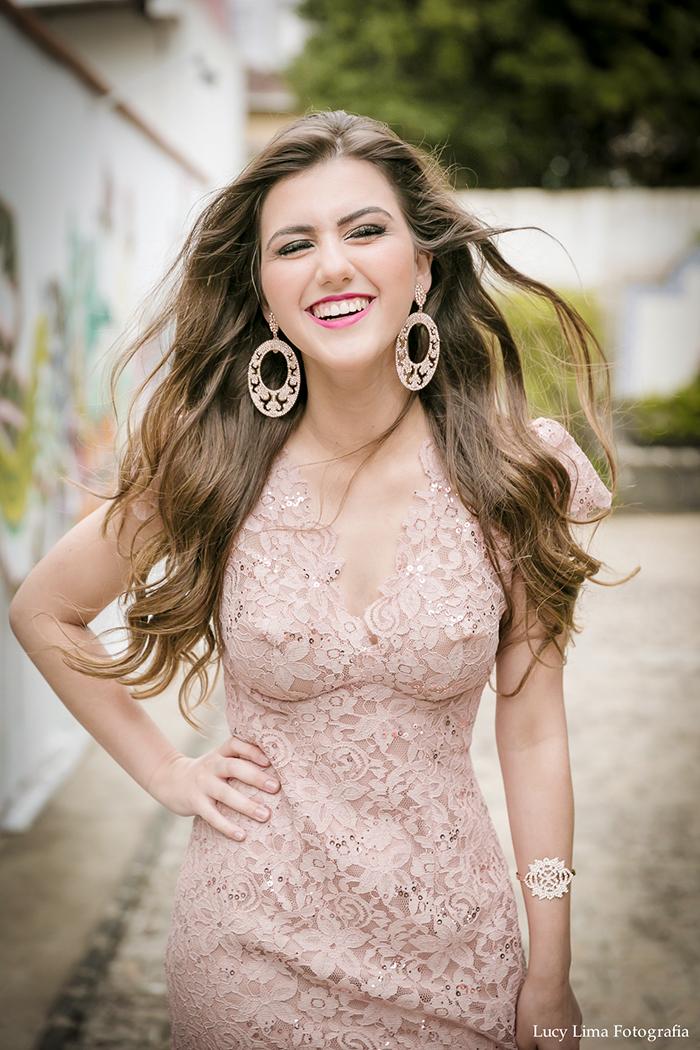 sofia-oliveira-cantora-youtuber