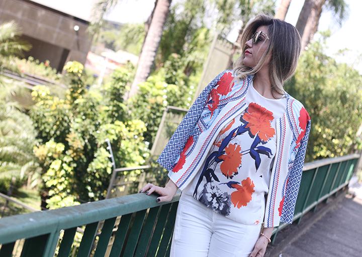 Look_Iodice_Calça_Branca_Casaqueto_floral_verao164