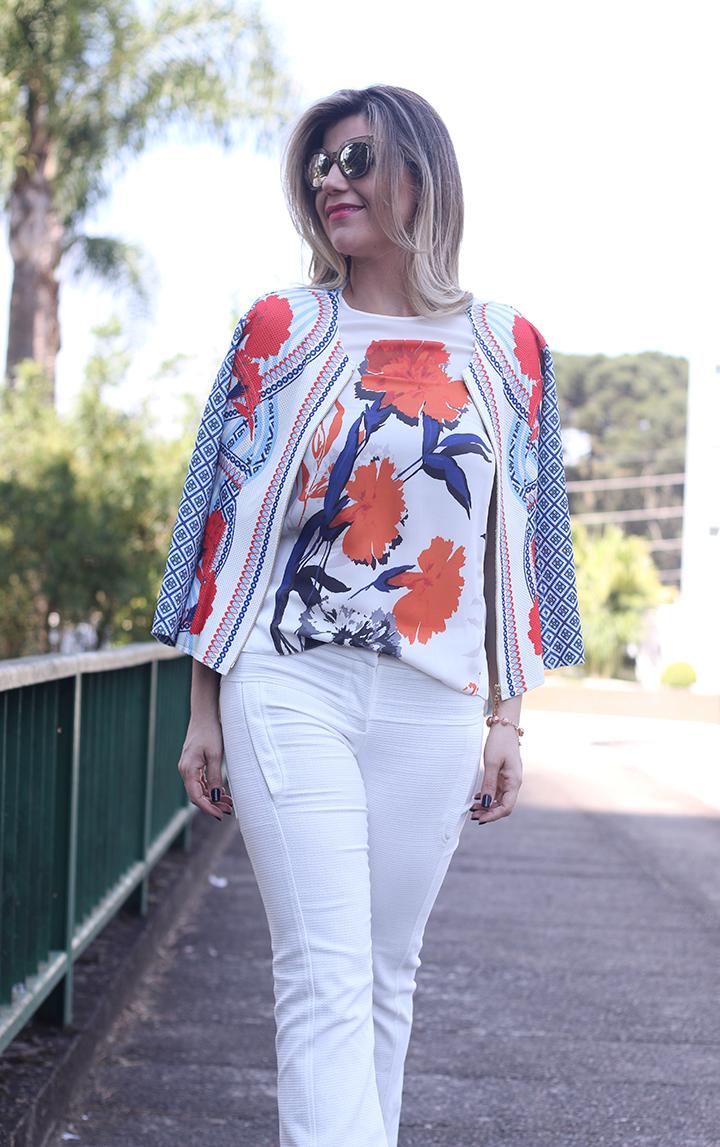 Look_Iodice_Calça_Branca_Casaqueto_floral_verao166