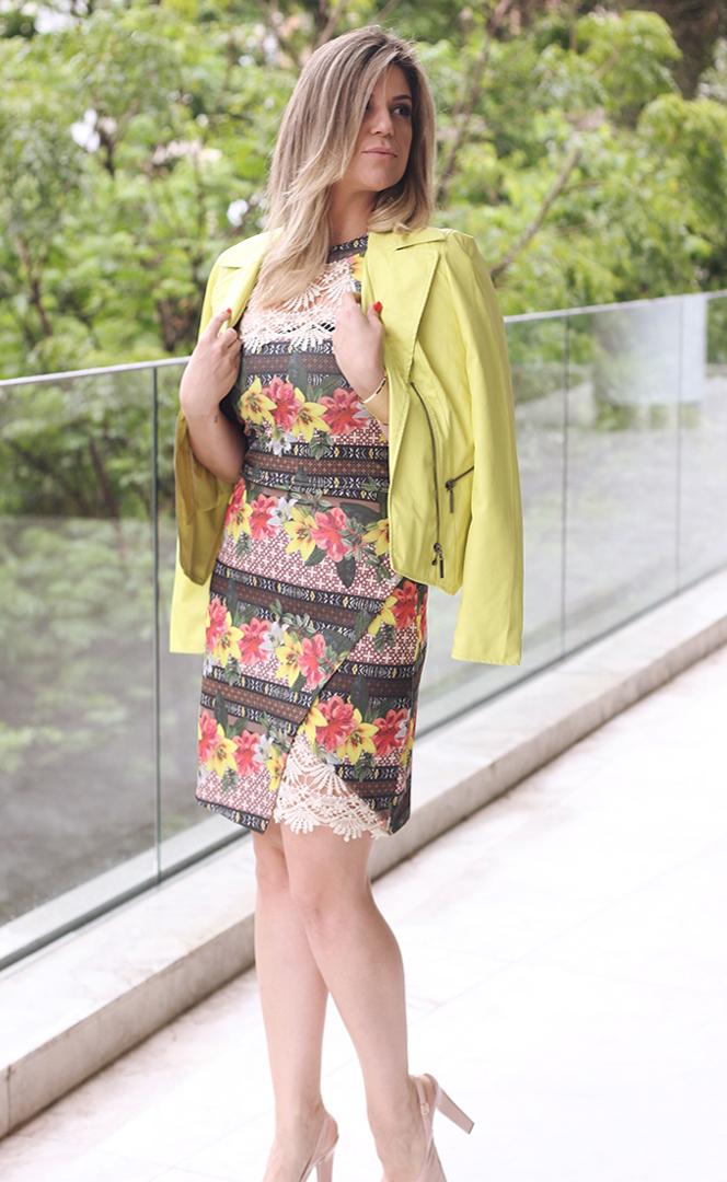 Vestido floral com renda Paula Bastos2