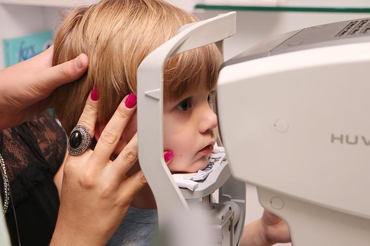 importancia_de_levar_criancas_pequena_ ao_oftalmologista4