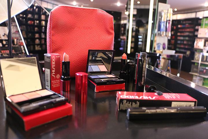 Shiseido-Ultimune-olhos-mascara-full-lash4