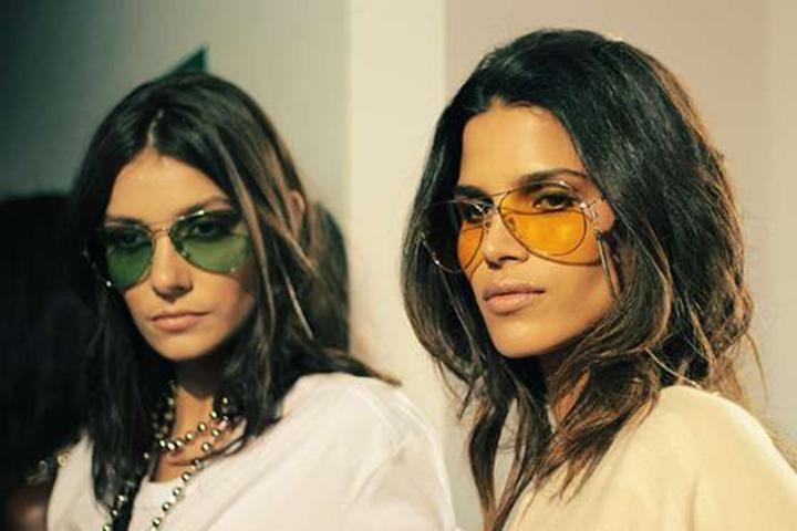 oculos com lentes coloridas transparentes