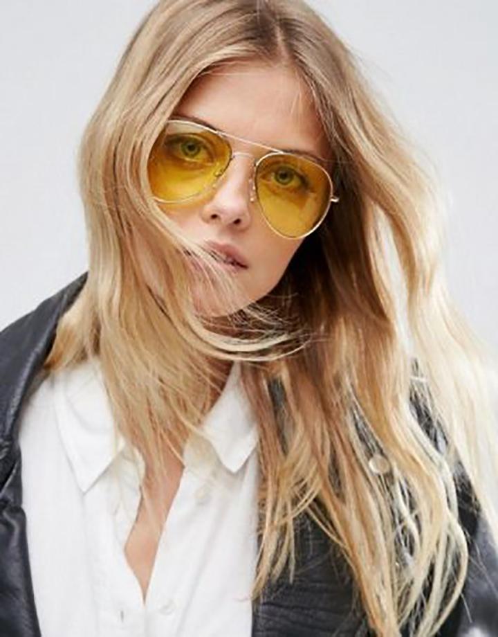 Ele tem o poder de deixar a produção ainda mais estilosa, e a moda do óculos  com lentes transparentes coloridas só chegaram para comprovar isso. 62b27016d7