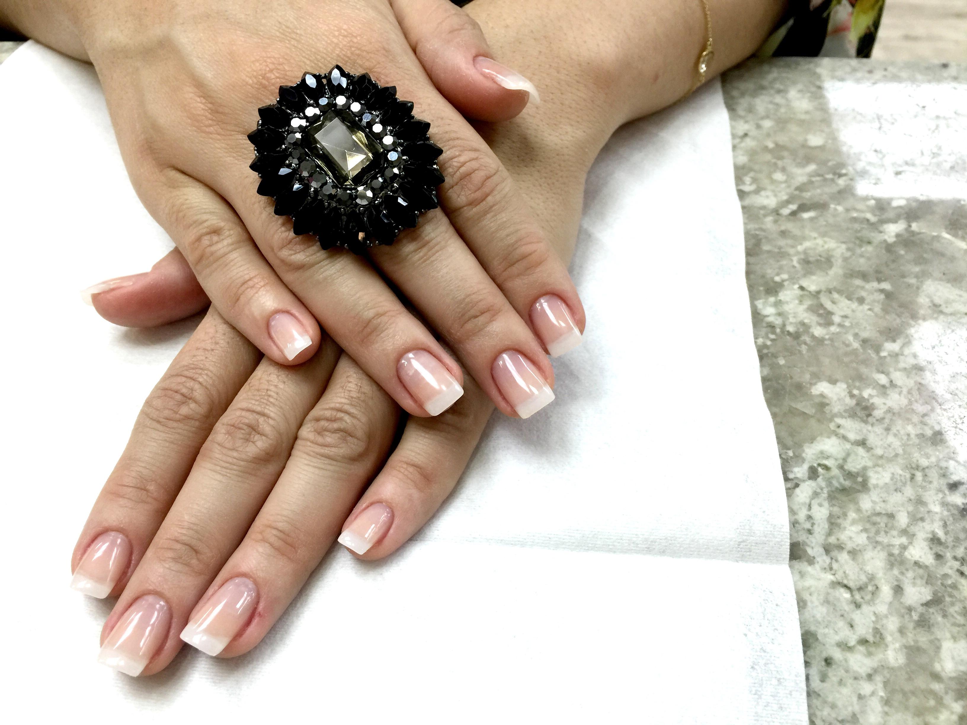 dicas para aumentar a durabilidade dos esmaltes nas unhas