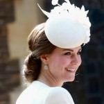 Kate Middleton: Coque Chic batizado Princesa Charlotte